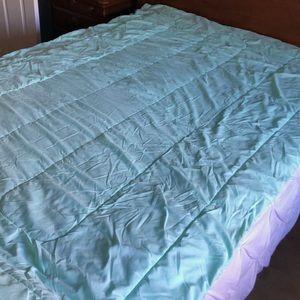 Room Essentials XL Twin Comforter